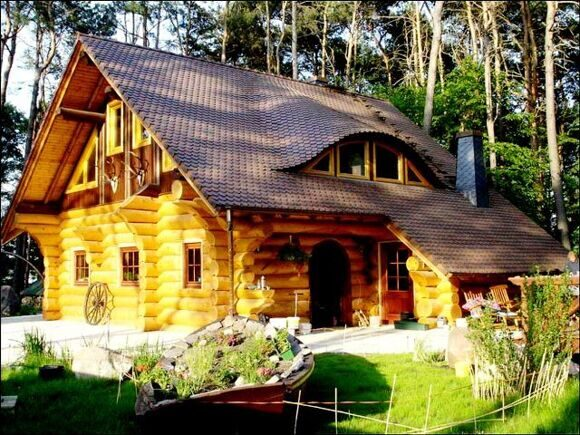 handcrafted-log-homes-cabins-canadian-chalet-622785-1024x768